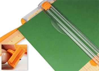 cut paper with paper craft trimmer