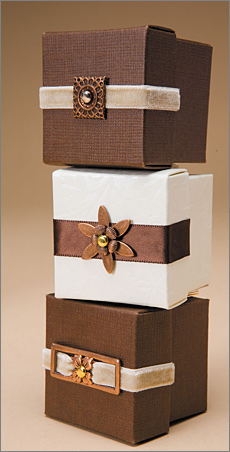 metal embellishments on favor boxes